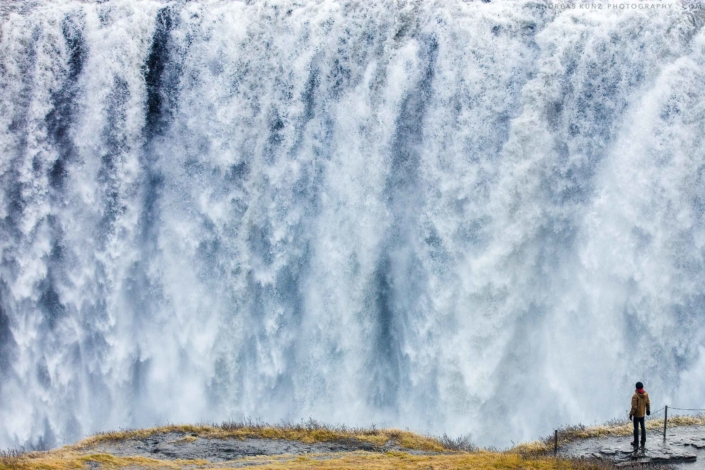 Iceland-dettifoss-with-man-2560-Andreas-Kunz-Photography