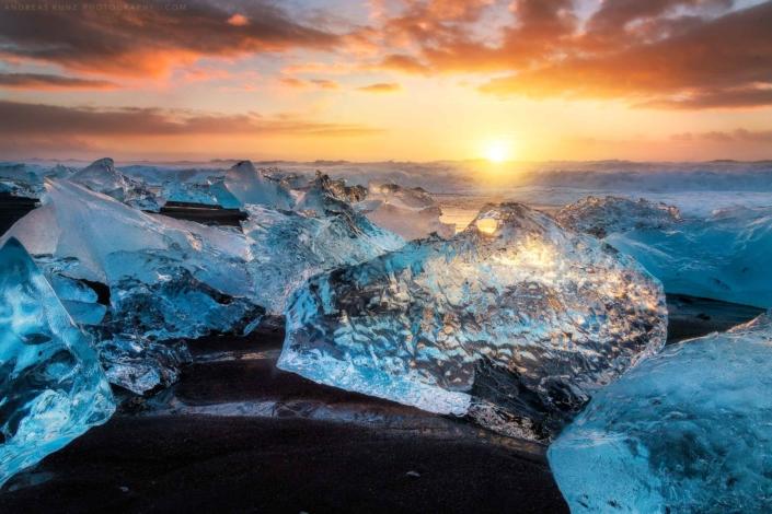 seascape ice cubes iceland sunset