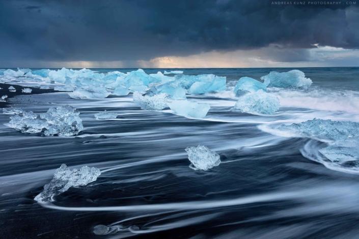 Seascape-stormy-diamond-beach-