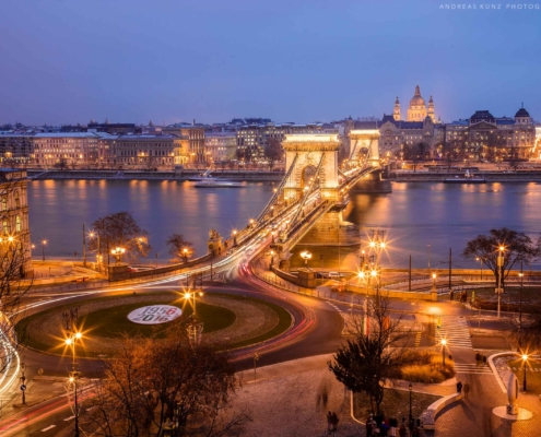 budapest-at-blue-hour-2560-Andreas-Kunz-Photography